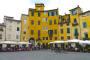 Lucca – Weltbekannt für seine wunderschöne Piazza dell'Anfiteatro
