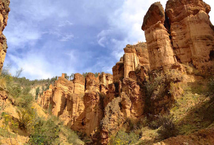 Huancayo - Torre Torre - Sandsteintürme - Wandern und Picknicken Peru