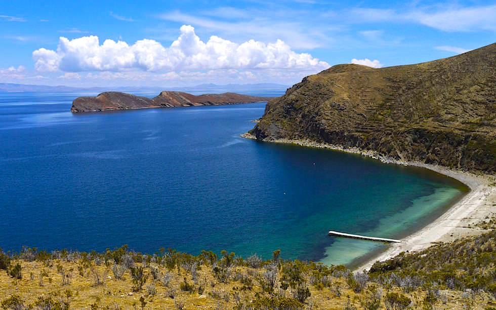 Isla del Sol im Titicaca See Blick auf die Küste im Norden