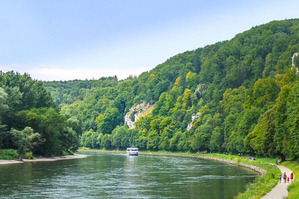 Donau Promenadenweg - Donauroute Wanderung zum Kloster Weltenburg im Altmühltal bei Kelheim - Bayern