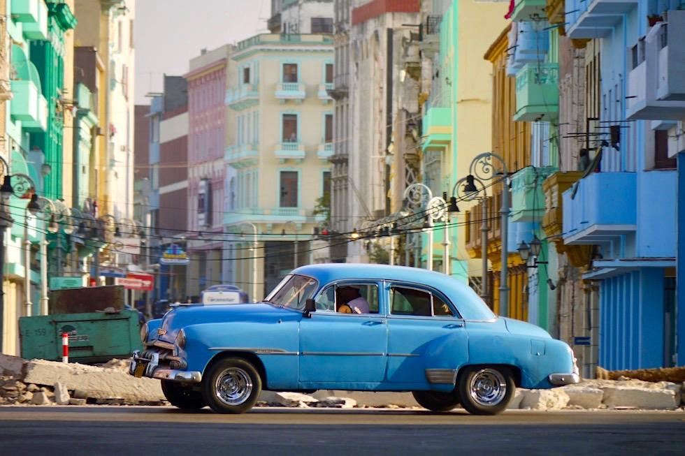 Havanna Hauptstadt der Extreme: Havanna - Oldtimer, Farben, Verfall & Stolz - Kuba