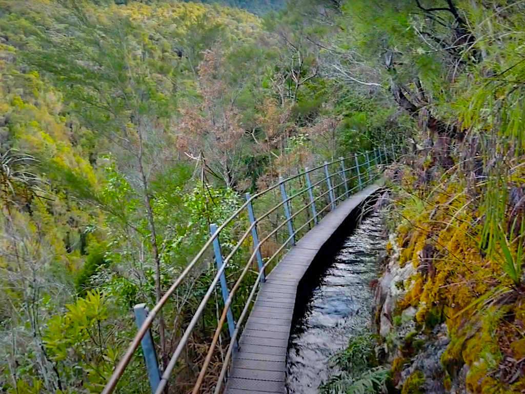 Pupu Hydro Walkway - Ausblicke von der Wasserrinne - Südinsel Neuseeland