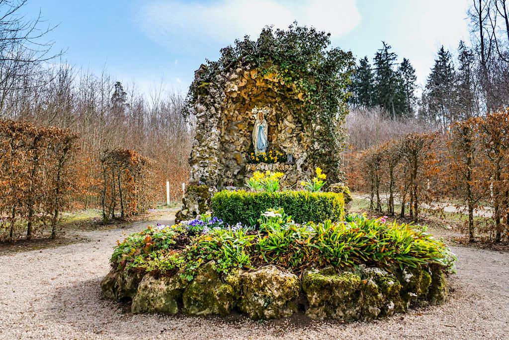 Lourdes Grotte bei Buchenhüll - TraumSchlaufe Eichstätt Wanderung Nr. 14 - Bayern