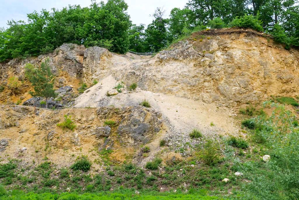 Geotop Lindle - Ries-Ereignis: Gries & bankige Kalke - Donau-Ries, Bayern
